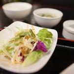 甲殻類倶楽部 - サラダ、玉子スープ、メシ、杏仁豆腐