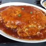 楓林 - 天津飯(大盛) 甘酢あん(と言ってもケチャップあん)