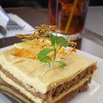 ギャラリーカフェ イチサンロクキッチン 勇寿司 - 料理写真:「キャラメルケーキ」