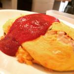 ポムの樹 - 料理写真:ケチャップオムライスL1306円