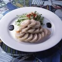 食の文化を大切にし、食材は中国からの天然の素材と、