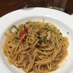 シナグロ - パスタは牡蠣のアーリオオーリオ。という割に醤油ベース?