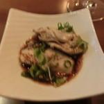 ぼくらの食卓 - 料理写真:牡蠣、あ!ピンボケ~(+o+) プリップリで美味しかった~♡