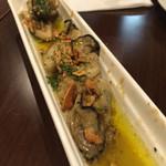 然 - 牡蠣のガーリックバターソテー