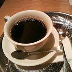 Bougnat Bougnat - 先にコーヒーを手渡されました