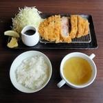 洋食かつ 兎 - 厚切ロースカツ