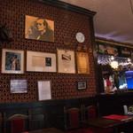 英国パブ シャーロックホームズ - お店の中2