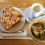 中村屋 - 料理写真:チーズトースト