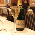 ル・マノアール・ダスティン - Champagne Etienne Lefevre Carte D' or Brut Grand Cru (2015/02)