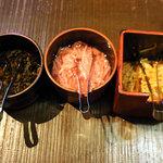 ラーメン一興 - モヤシキムチ 紅しょうが 高菜?