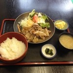 食事処 櫻 - 生姜焼き定食〜♪ 850円