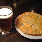 リバーサイド - よなよなリアルエールとブルーチーズのピザ