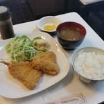 Tiger - ランチの限定10食の「アジフライ定食 (800円)」