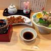 食い処 松味 - 料理写真:日本酒と鳥軟骨から揚げ・北寄貝のお刺身