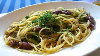 ラ・スコリエーラ - ホタルイカとかき菜のオリーブオイルソース スパゲッティ(ランチ)