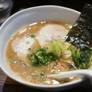 ラーメン チキュウ - 料理写真:醤油