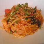 ageHa - フグと小松菜のトマトソースパスタ