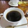 レスト喫茶店 - ドリンク写真:ホットコーヒー1杯という平凡な注文ではありましたが、 そのコーヒーはきちんと美味しかったこと、 BGMで聴こえるマスターと常連客の呉弁の会話が心地良い時を演出してくれました。