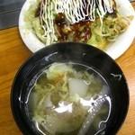 いっちゃん - そば(肉・玉子)702円+サービススープ