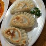 美食亭 - 韮餃子