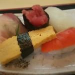 36196686 - にぎり寿司
