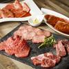 赤坂焼肉 KINTAN - 料理写真:赤坂リッチコースは全13品、7,980円。名物料理をちょっとずつ色々楽しめるコースです。