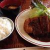 つきじ大鳳 - 料理写真:とんかつ定食(標準) 1910円
