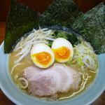 平松屋 - ラーメン(こってり+味玉)