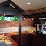 Nan Master - 副菜ブッフェ 右側のドリンクバーは別料金です