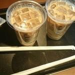 タリーズ コーヒー - アイスカフェラテ