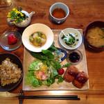 すみれ - 料理写真:すみれプレート
