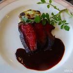 ヴァンテアン - 「国産牛ランプ肉の炭火焼き、オリジナル赤ワインソース」