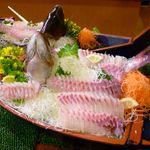ホテル南海荘 - 料理写真:刺身(鯛)