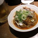 餃々 - 牛スジの煮込み 390円