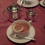 ホテルオークラレストラン新宿 ワイン&ダイニング デューク - 紅茶