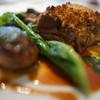 ラ・トルテュ - 料理写真:仔羊肩肉のコンフィ(香辛料風味パン粉焼き