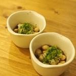 ジャパニーズキュイジーヌ 佐藤 - 鶴の子大豆の味噌豆
