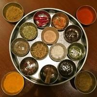 様々なインド料理☆東京でも他にない程、豊富な高級スパイス使用