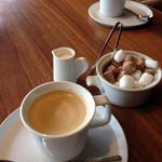 スラッシュカフェ - コーヒー