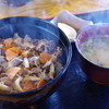 お食事処 だいこんや - 料理写真:赤牛丼