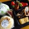 おむすびころりん - 料理写真:おむすび弁当 これで620円でした