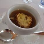 レストラン・マッカリーナ - オニオングラタンスープ