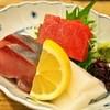亀すし 本店 - 料理写真:お造り三種盛合わせ
