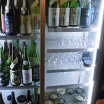 楽彩 - 出番を待つ奈良の地酒たち