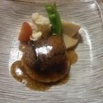 小料理屋ぎらばり - 美明豚の角煮ステーキ