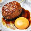 串焼屋ウナチッタ  - 料理写真:自慢の自家製つくねに卵黄を絡めてすき焼き風に!!絶品!