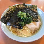 濱之家 - 料理写真:ラーメン