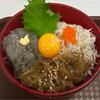 しらす市場 - 料理写真:「湘南しらすの3色丼」1599円