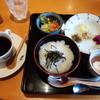 茶えずり - 料理写真:モーニングサービス(朝粥セット)