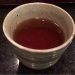36623325 - お冷替わりのほうじ茶